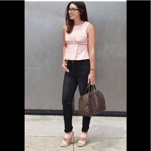 Les Folles de Joie, Urban Outfitters Skinny jeans